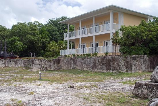 Windley Key Fossil Reef Geological State Park: Office at quarry