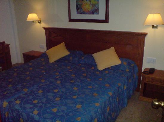 Inturotel Sa Marina: The bedroom