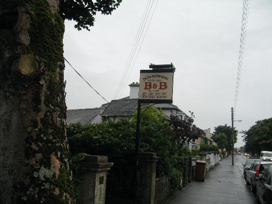 Dun Aoibhinn House: The street sign