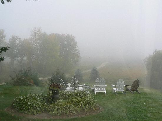 Oxford House Inn: view from the breakfast area