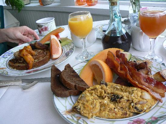 Oxford House Inn: our delicious breakfast