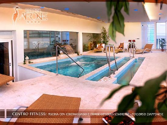 Hotel Airone : Piscinetta con idromassaggi, ma ho provato anche la sauna e il bagno turco.