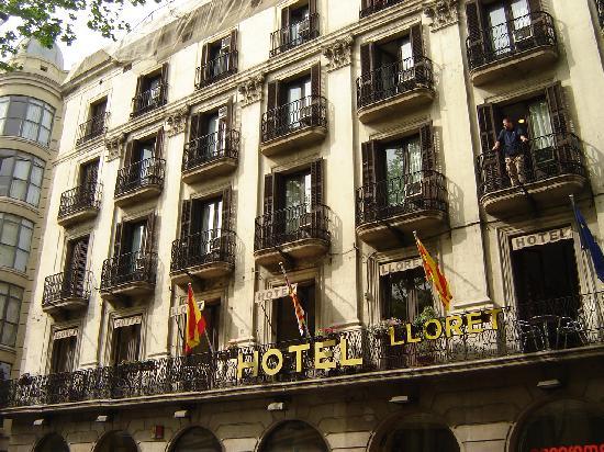 La rambla from the lounge balcony picture of hotel for Las ramblas hotel barcelona