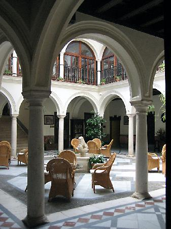 Osuna, Spain: Otra vista del patio