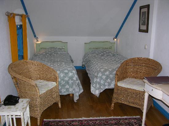 Stora Hotellet Bryggan: camas incomodas y pequeñas