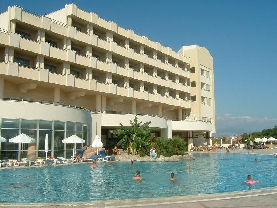 Melas Resort Hotel: L'une des piscines de l'hôtel