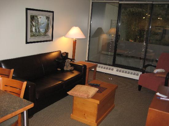West Coast Suites at UBC: Living Room, West Coast Suites UBC