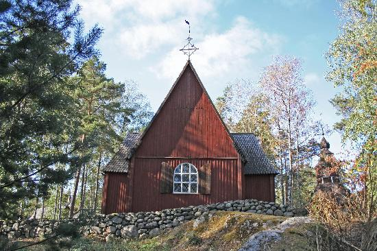 Seurasaari church (18556552)