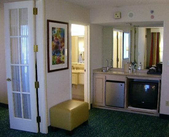 Superb Costa Mesa Marriott: Living Room Kitchenette Part 27