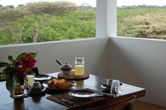 Mkoko House: Breakfast
