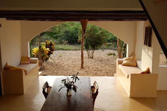 Mkoko House: Downstairs Lounge