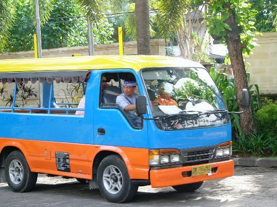 Sanur Paradise Plaza Suites: Hotel shuttle bus