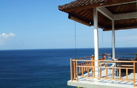 Bed & Breakfast Aquaterrace: 海に浮かんでるようなテラス