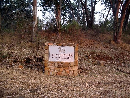 Heysbrook Country Lodge : Entrance