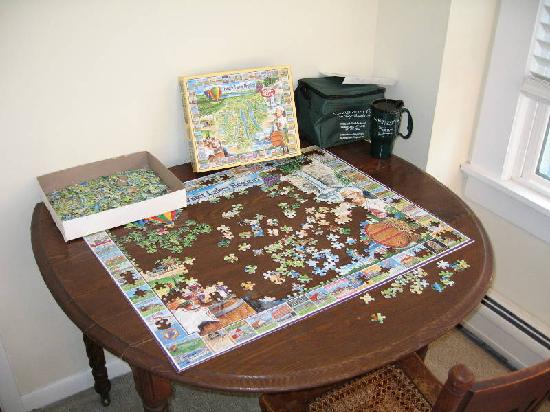 Echoes of the Glen Bed & Breakfast: The Addicting Puzzle