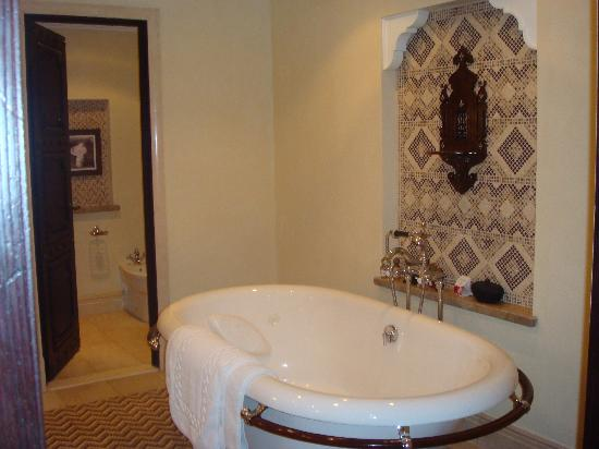 Jumeirah Dar Al Masyaf at Madinat Jumeirah: Bathroom