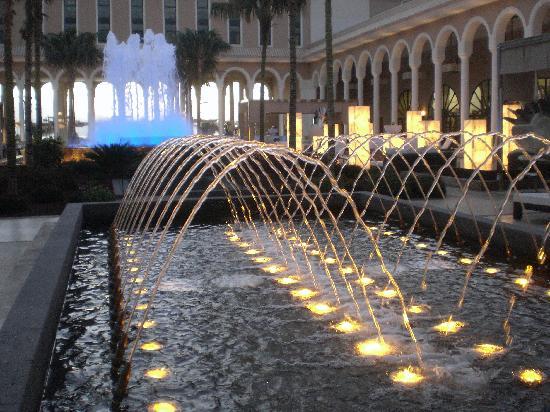 Gran Melia Palacio de Isora Resort & Spa: Plaza del Atántico