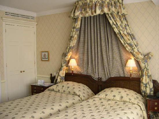 Stanhope Hotel: Room 521