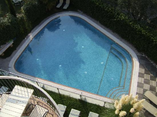 Casa Antonelli: Der Pool des Hotels