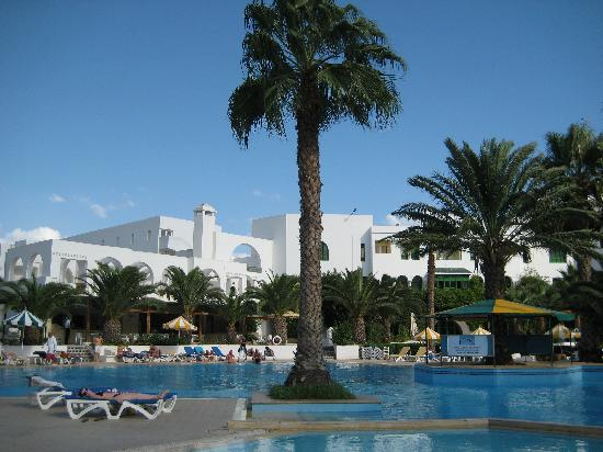 Hammamet Serail : The pool and hotel