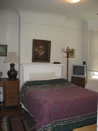 Castillo Inn: Room 3