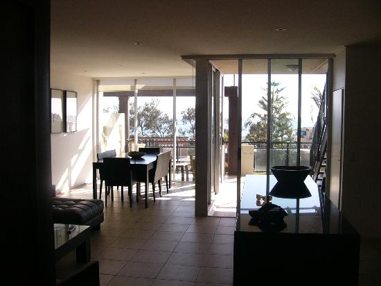 Paradiso Resort Kingscliff: Living dining area