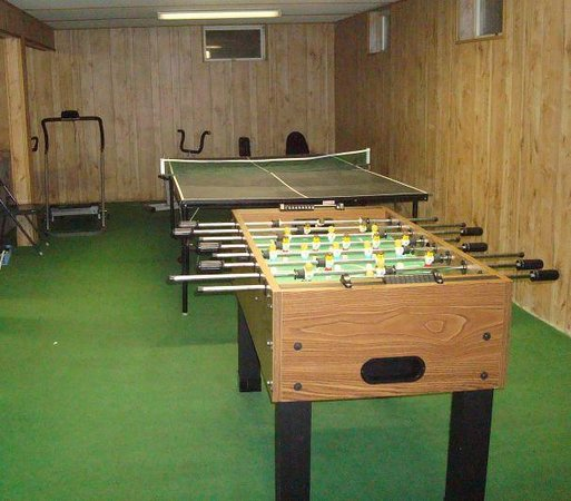 Stephen James Resort Village: The game room and exercise equipment.