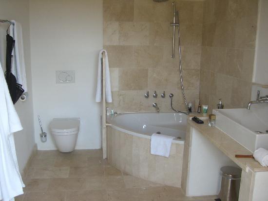 Ses Cases de Fetget: bathroom at room # 11