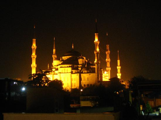 Romantic Hotel Istanbul: view from the hotel rooftop