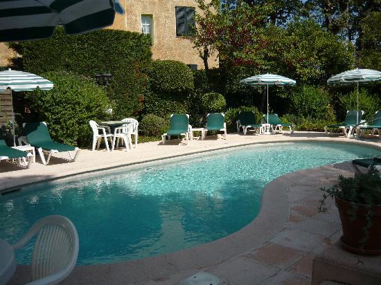 Hôtel Mas Djoliba : The lovely swimming pool