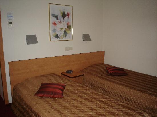 Bastion Hotel Apeldoorn Het Loo: Beds
