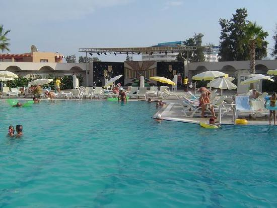 Hedef Rose Garden Hotel: Pool