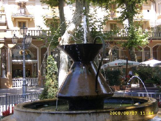 Hotel Fiore : square