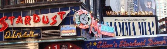 Ellen's Stardust Diner : Their exterior sign