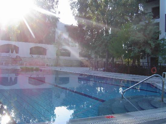 Club Lyda Hotel: Lyda Apartments pool