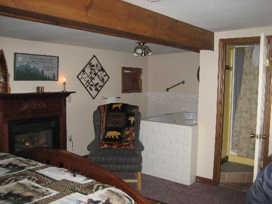Spruce Moose Lodge and Cottages: Roger's Retreat