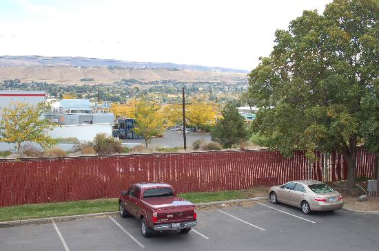 Red Lion Hotel Wenatchee : Parking