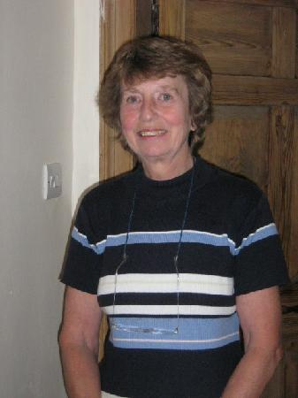 Wood Farm Bed and Breakfast: Helen Sellers - our gracious hostess