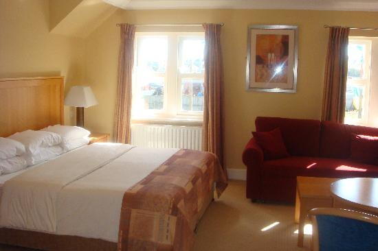 Dingle Bay Hotel: our room