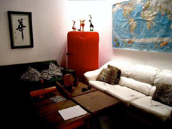 Jirafa Roja Hostel