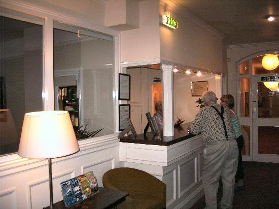 The Ocean Hotel: Reception