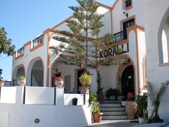 Koralli Hotel: hotel outside