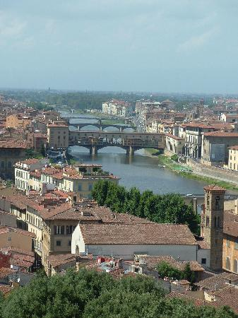 Paris Hotel: Looking down on the Arno and Ponte Vecchio