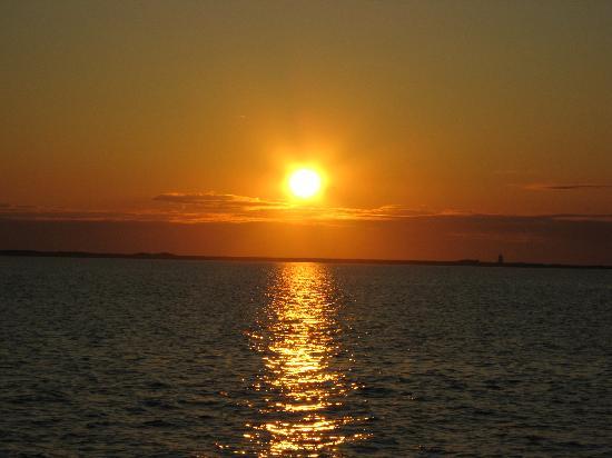 Schooner Bay Lady II: Sunset on Sept 29, 2008