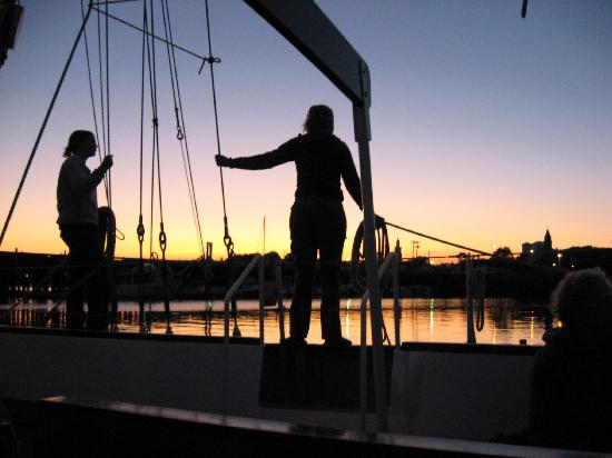 Schooner Bay Lady II: The crew as we pulled into the pier
