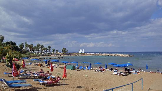 Debbie Xenia Hotel Apartments: Pernera beach