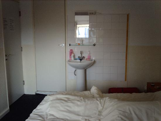 Hotel Abba: foto del lavabo