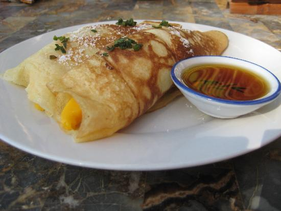 Alona Tropical Beach Resort: The Mango Pancake -- a must try!