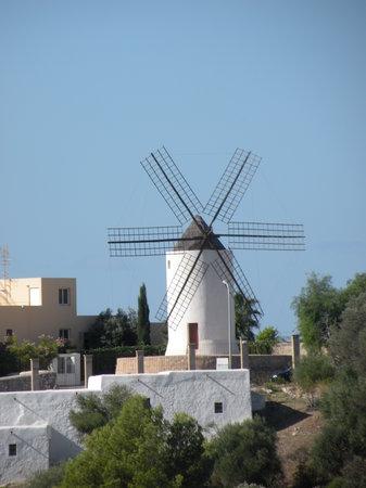 Ibiza Town, Spania: Mulino a vento