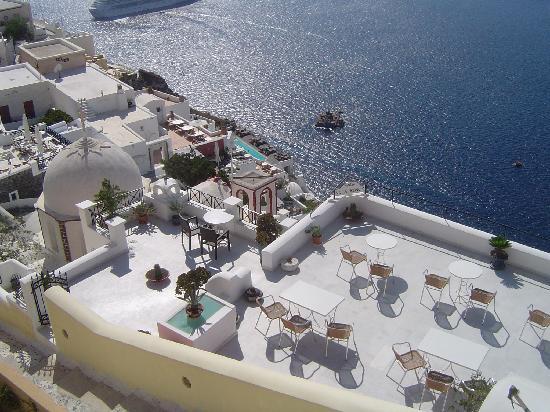 Views of the Villa Renos